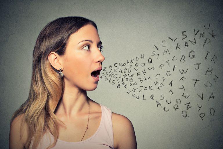 Se parler à soi même est un signe d'intelligence supérieure d'après les psychologues