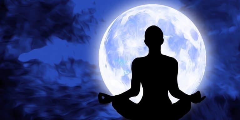 L'aura bleue: explications et significations de cette aura particulière
